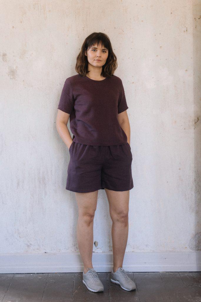 Jasmike pellava t-paita ja Ratamo pellavashortsit